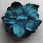 青いディルフェニウムのヘッドドレス(裏)