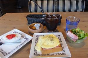 元町珈琲「アイスコーヒーとエッグベネディクトモーニングとデザート」