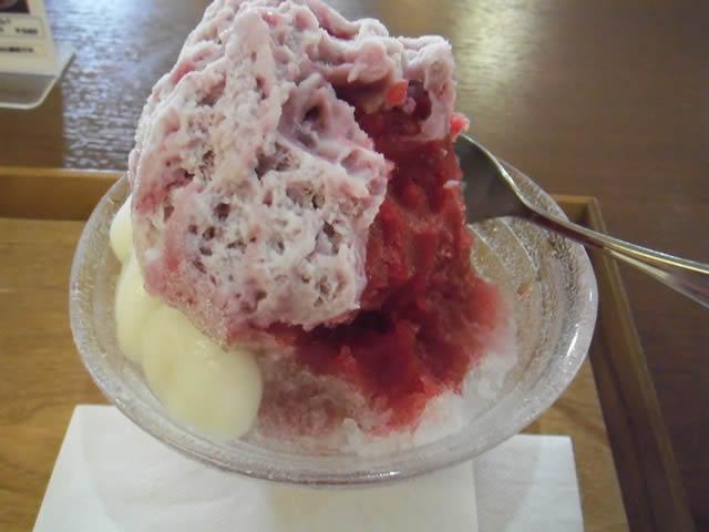cafe 航路「カシスミルク氷-白玉プラス(2014/7/20)」