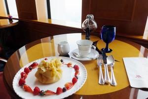 名古屋マリオットアソシアホテル スカイラウンジ「」クレープとコーヒー(2016/11/8)