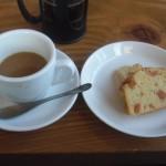 cafe mitte「柿のパウンドケーキ」
