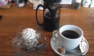 cafe mitte「シルクアイス-クッキーバニラ」