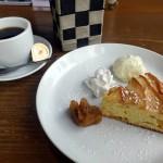cafe mitte「りんごと桃のしっとりケーキ(2016/1/6)」