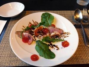 Radiceランチコース「前菜・フランス産バルバリー鴨といちじくのカルパッチョ(2015/10/8)」
