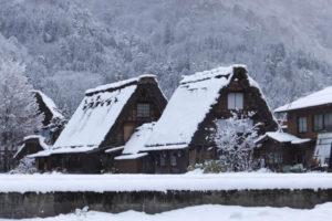 合掌造り集落・白川郷 雪降って&積ってます(2018/12/9)