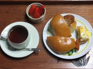 家カフェ「ベルンの総菜パンとコーヒー」
