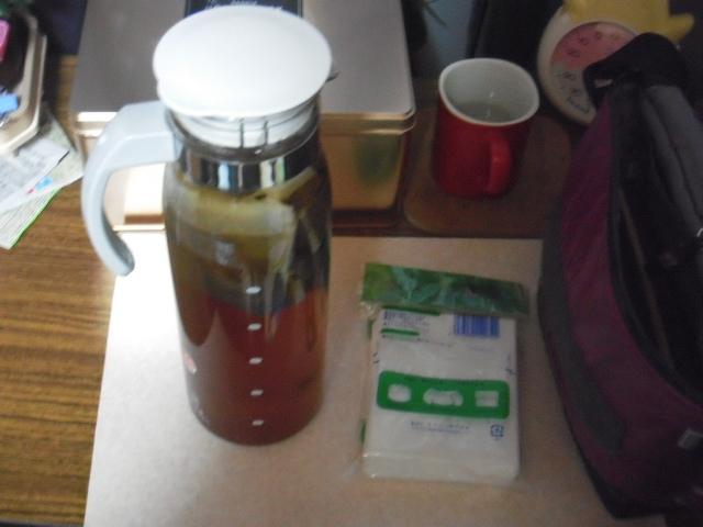 水出しコーヒー制作中(豆100g)